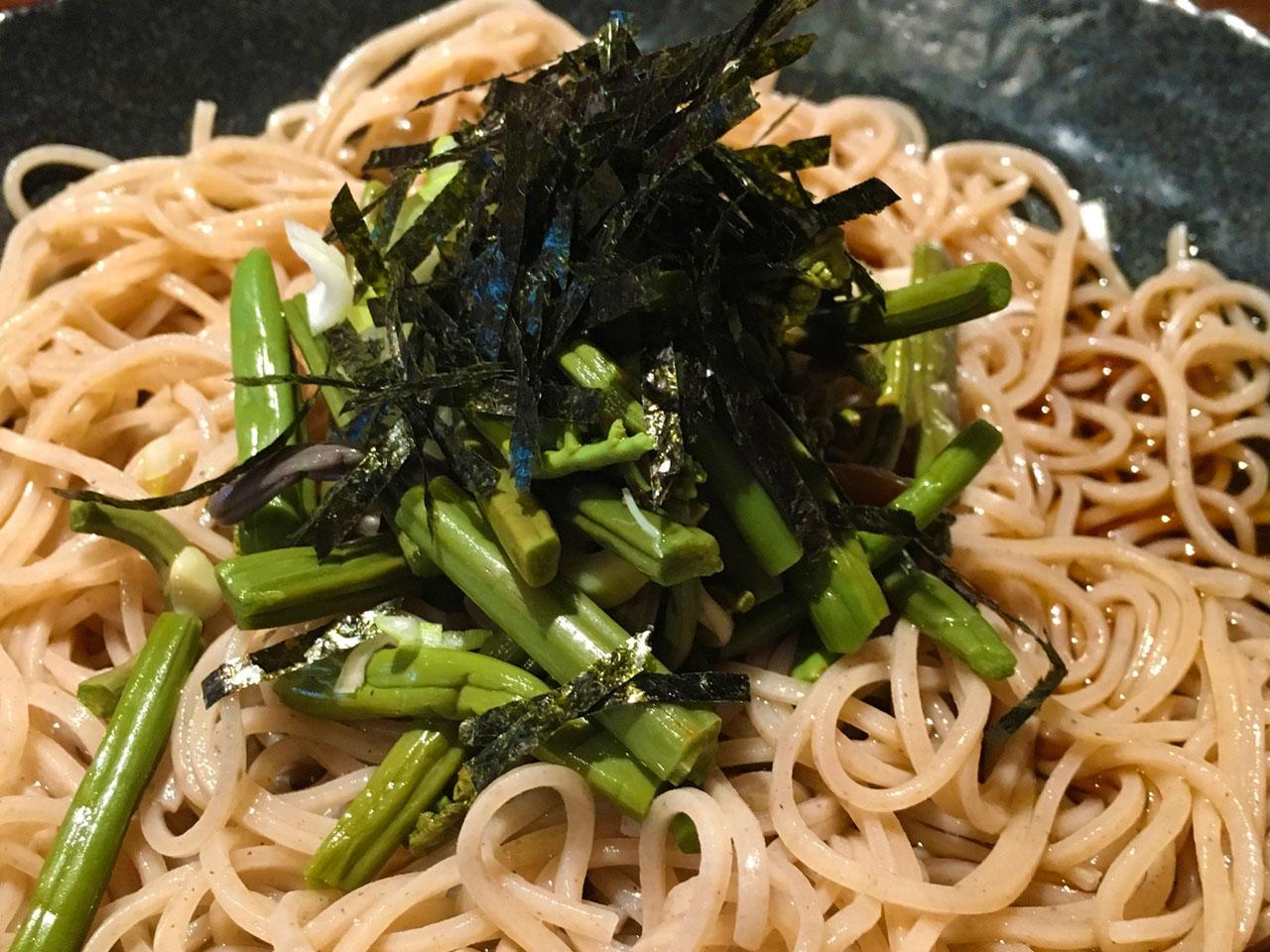 山菜蕎麦アップ